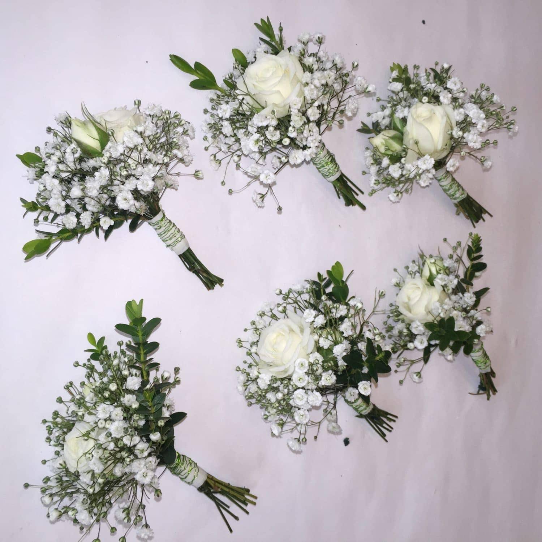 94db77644e37 Svadobné pierka pre ženícha a hostí